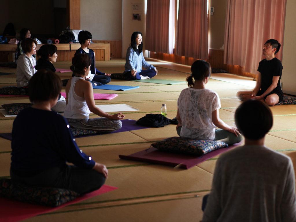 瞑想の練習|東松山ヨガ